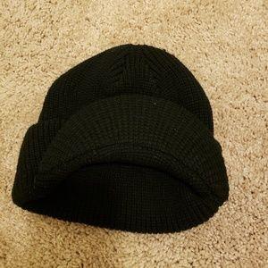 e3d09c01106 Accessories - Winter hat beanie bill brim never worn
